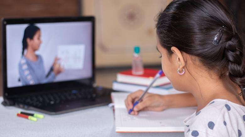 distance learning, e-learning, uae, government, work from home, covid-19