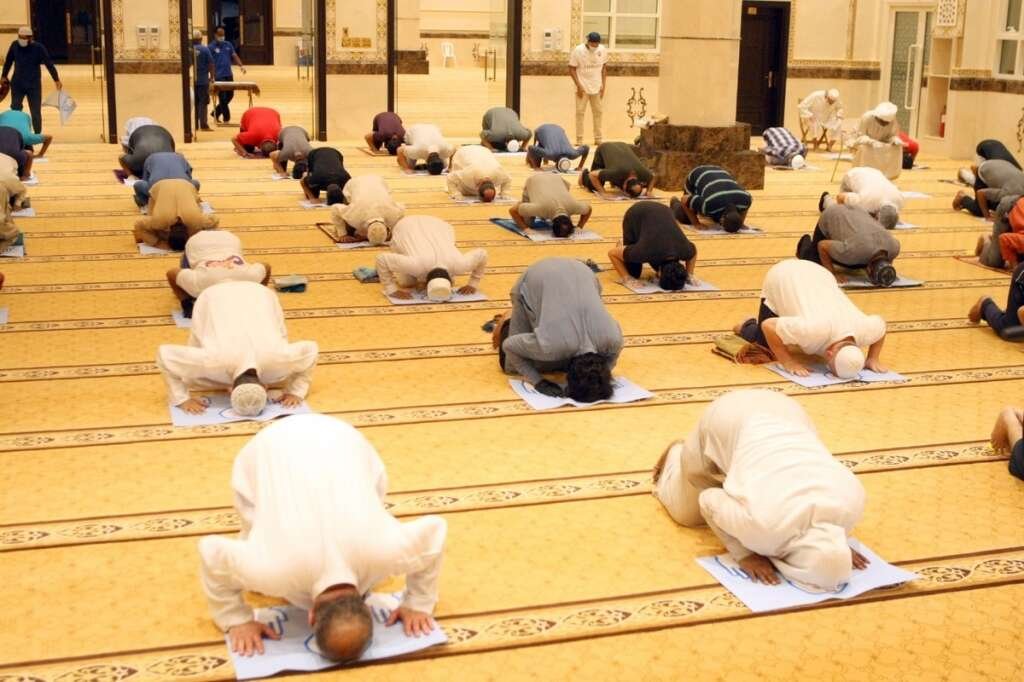 uae mosques reopen, dubai, abu dhabi, dubai mosques, covid safety measures