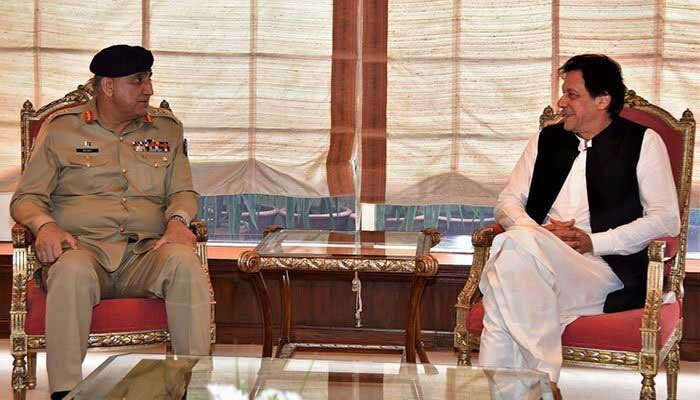 imran khan, pakistan army chief bajwa, supreme court extends bajwa tenure