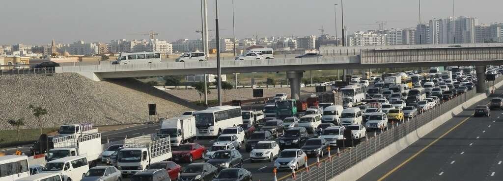 uae traffic, dubai traffic, dubai accident, dubai crash, dubai-sharjah traffic
