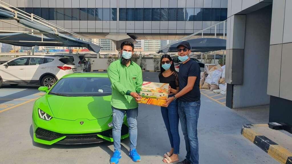 pakistani mangoes, dubai delivery, lamborghini delivery service