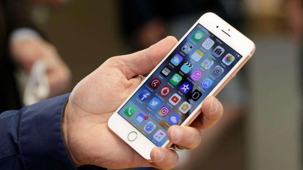 iphone, apple, samsung, hostage