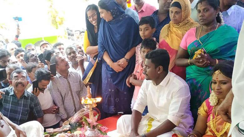 kerala wedding, hindu wedding at mosque, vijayan. tolerance
