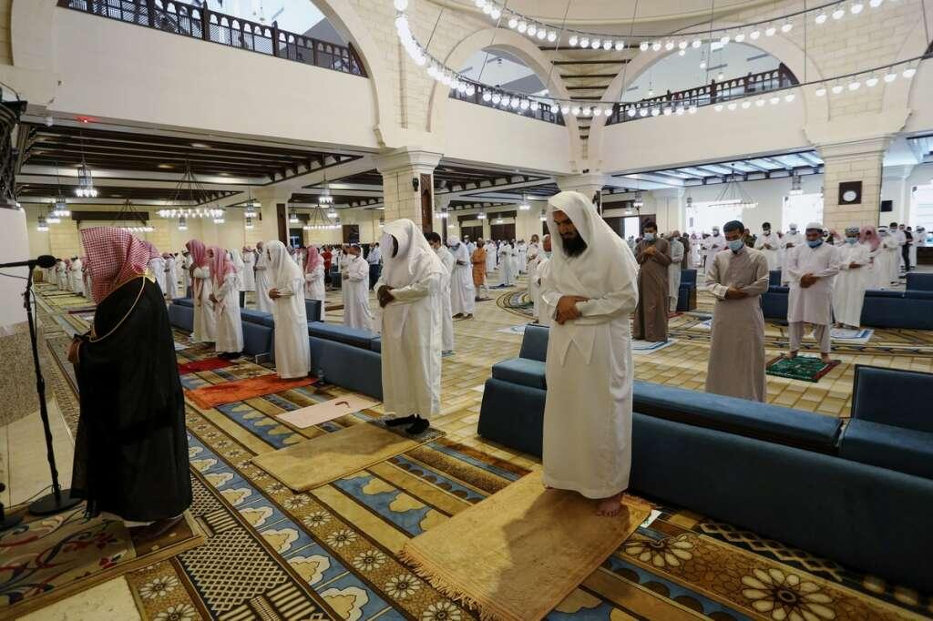 saudi curfew, jeddah, covid-19