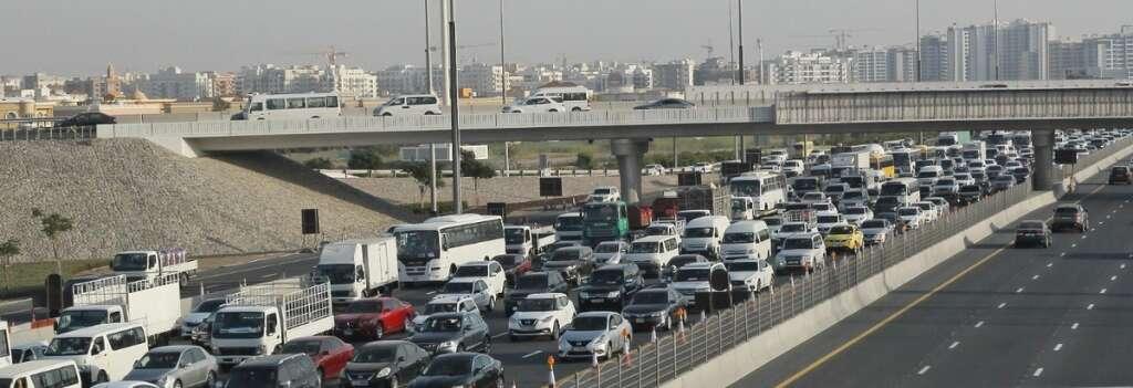 Dubai, sharjah, traffic, covid19