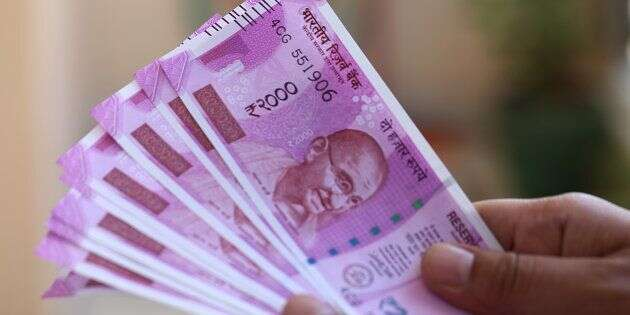 Indian Ru Plunges Against Us Dollar