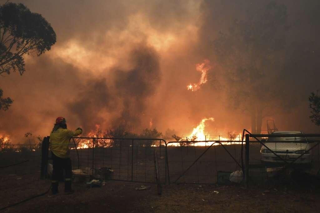 australia bushfire, sydney blaze, travel warning
