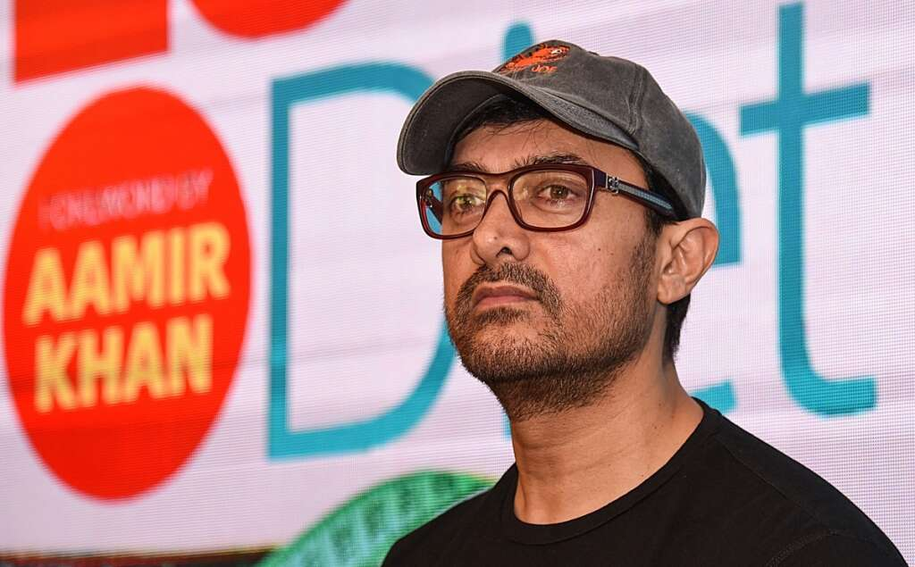 aamir khan, teacher, dies, bollywood