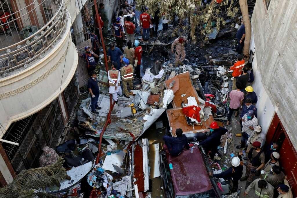 airbus, pia crash, imran khan, black box, karachi, france