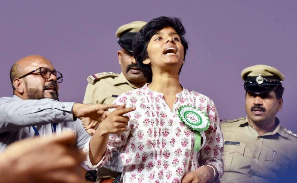 amulya, caa protest, india, pakistan zindabad viral video, owaisi