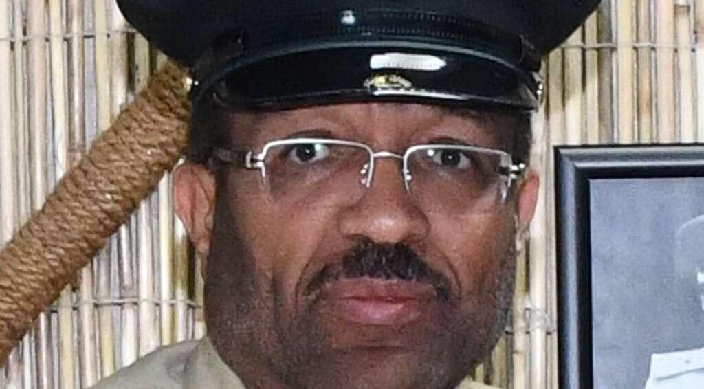 dubai police, promotion, bribe, crime, honoured