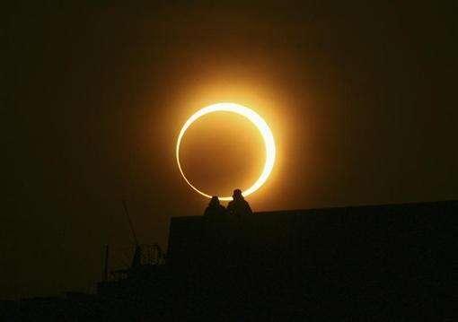 solar eclipse in uae, dubai, abu dhabi, space