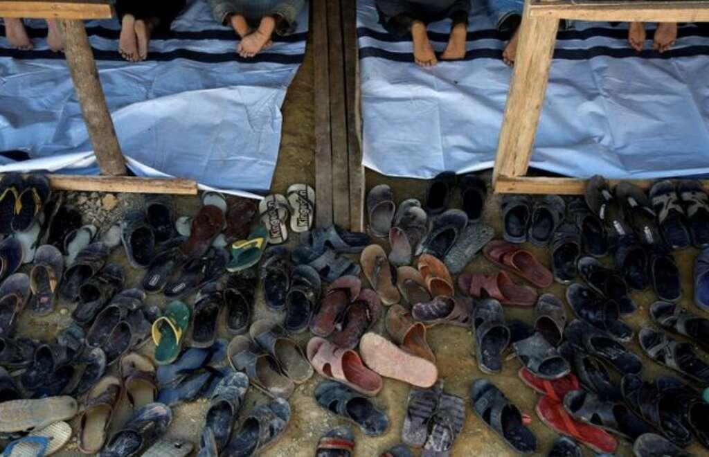 pakistan, shoes stolen outside mosque, rs1 lakh shoes